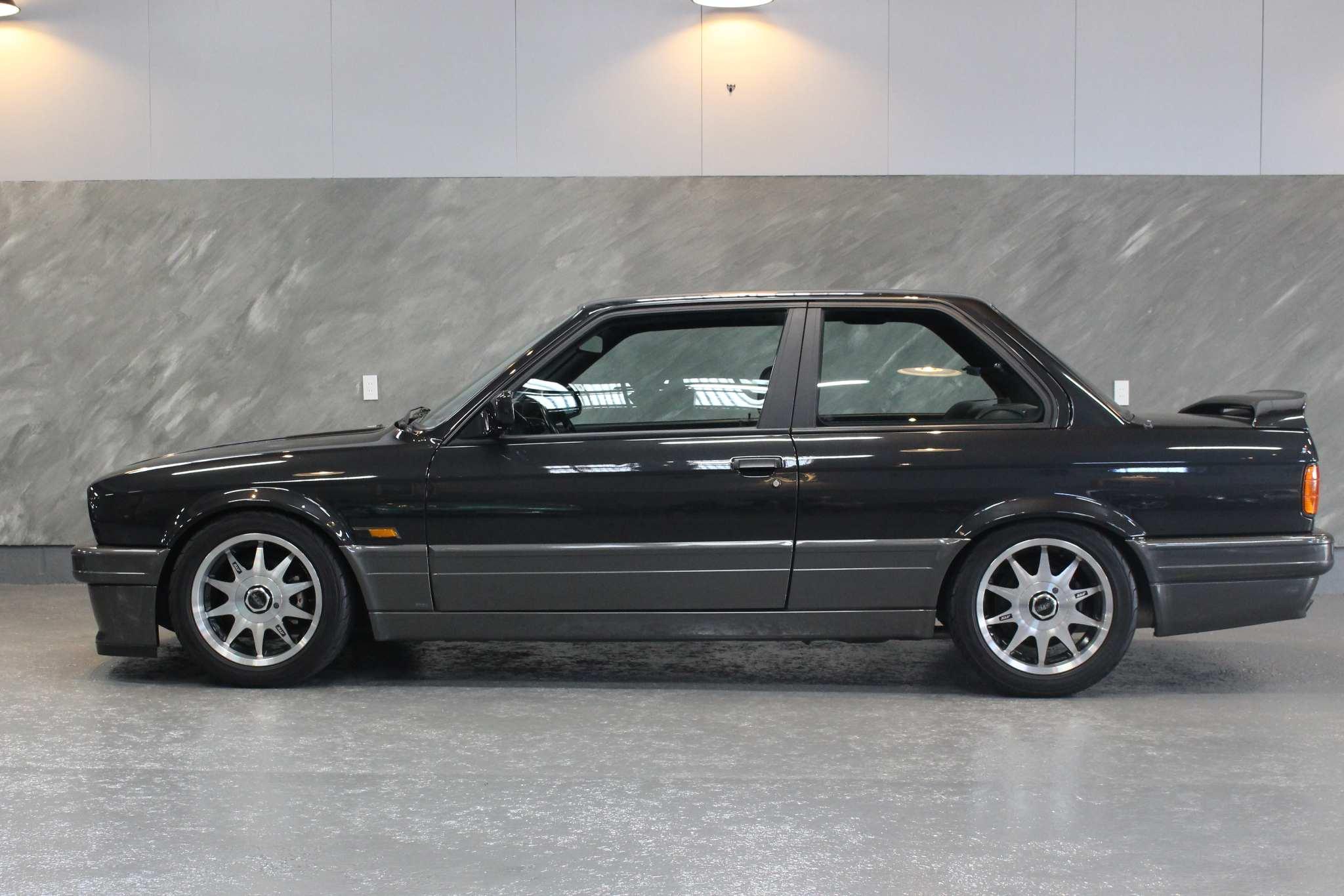 1988 年 BMW 320i/Mテクニック