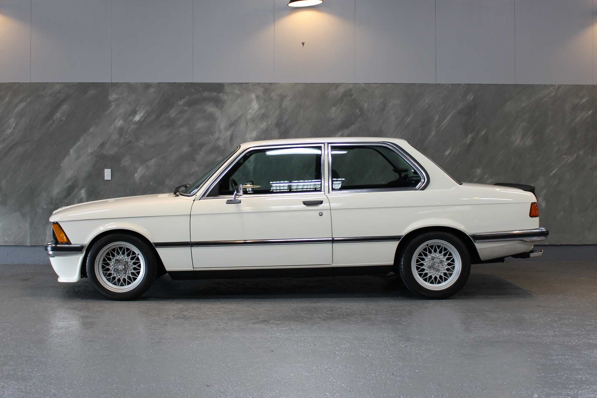 1978 年 BMW 320i
