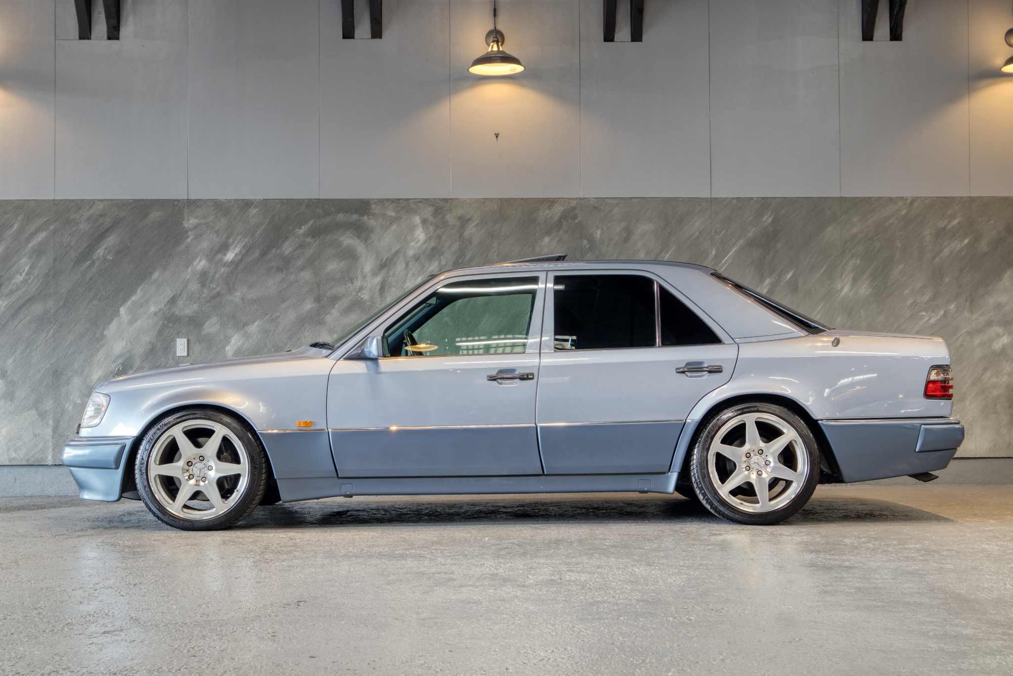 1994 年 メルセデス・ベンツ E500